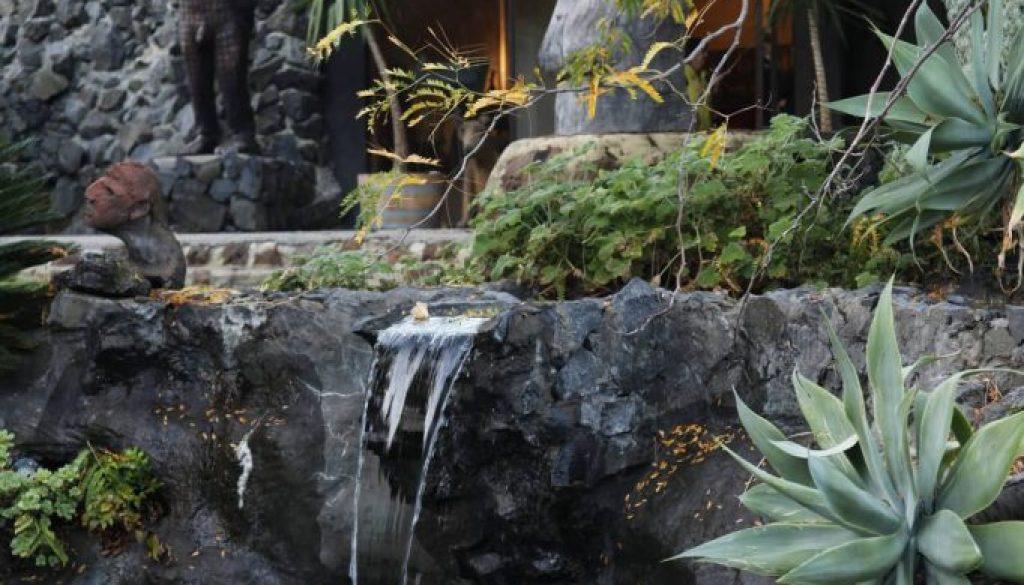 Skrolys Waterfall pool